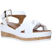 Schoenen Dames Sandalen / Open schoenen Gold&gold A20 GJ272 Wit