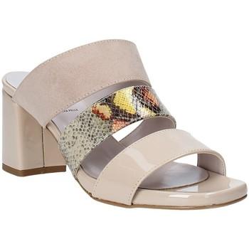 Schoenen Dames Leren slippers Grace Shoes 116003 Beige