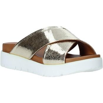 Schoenen Dames Leren slippers Bueno Shoes 9N3408 Goud