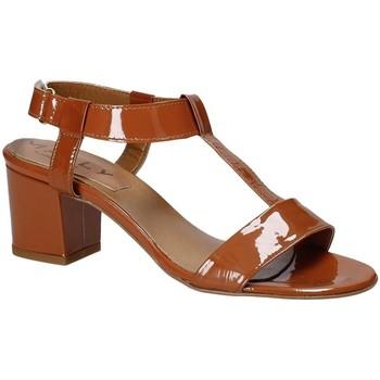 Schoenen Dames Sandalen / Open schoenen Mally 3895K Bruin