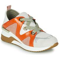 Schoenen Dames Lage sneakers Mam'Zelle VELODE Beige / Orange