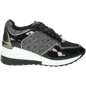 Schoenen Dames Lage sneakers Menbur 21971 Black