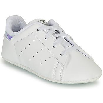 Schoenen Meisjes Lage sneakers adidas Originals STAN SMITH CRIB SUSTAINABLE Wit / Zilver