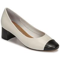 Schoenen Dames pumps Betty London OMINA Wit / Zwart