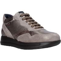 Schoenen Dames Lage sneakers CallagHan 40700 Grijs