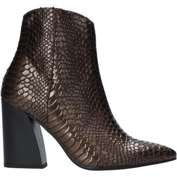 Schoenen Dames Enkellaarzen Grace Shoes 724K004 Bruin