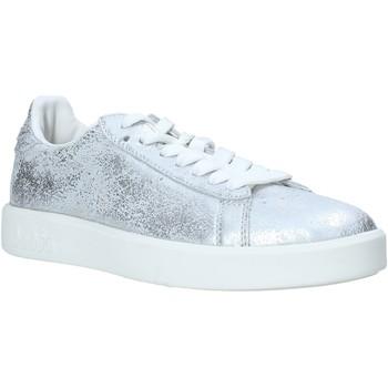 Schoenen Dames Lage sneakers Diadora 201171917 Zilver