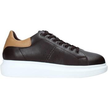 Schoenen Heren Sneakers Docksteps DSM104107 Bruin