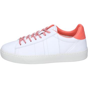 Schoenen Dames Lage sneakers Woolrich Baskets BJ473 Blanc
