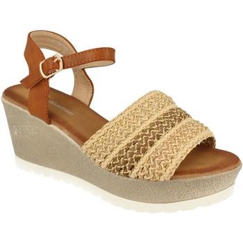 Schoenen Dames Sandalen / Open schoenen Festissimo F20-55 Beige