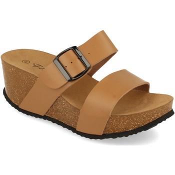Schoenen Dames Leren slippers Silvian Heach M-08 Taupe