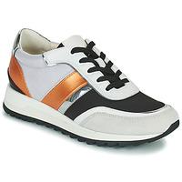 Schoenen Dames Lage sneakers Geox TABELYA Wit