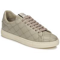 Schoenen Dames Lage sneakers Emporio Armani DANSSE Beige / Wit