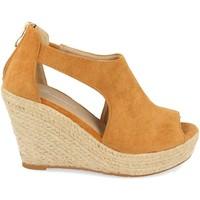 Schoenen Dames Sandalen / Open schoenen Tephani AB-210 Camel