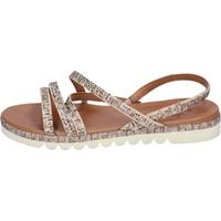 Schoenen Dames Sandalen / Open schoenen Femme Plus BJ888 Beige