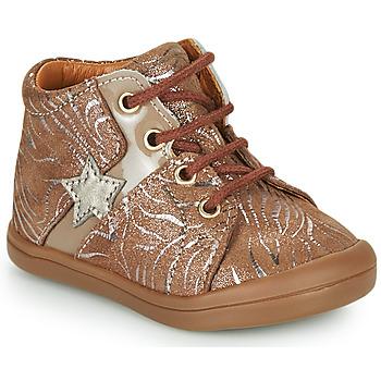 Schoenen Meisjes Hoge sneakers GBB DUANA Beige