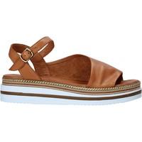 Schoenen Dames Sandalen / Open schoenen Bueno Shoes 21WS4203 Bruin
