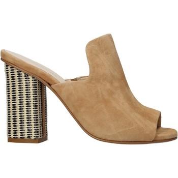 Schoenen Dames Leren slippers Carmens Padova 41489 Bruin