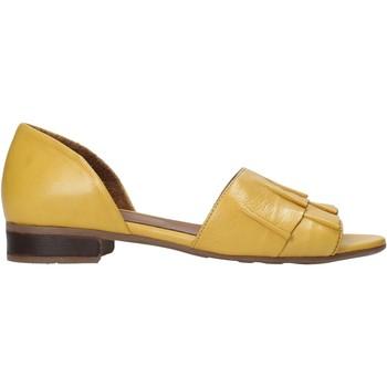 Schoenen Dames Sandalen / Open schoenen Bueno Shoes 21WN5100 Geel