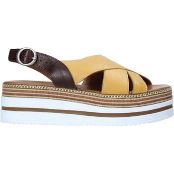 Schoenen Dames Sandalen / Open schoenen Bueno Shoes 21WS5704 Geel