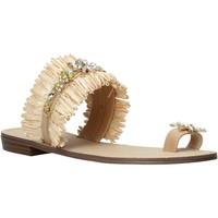 Schoenen Dames Sandalen / Open schoenen Gold&gold A21 GL613 Beige
