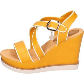 Schoenen Dames Sandalen / Open schoenen Enrico Coveri BH347 Jaune