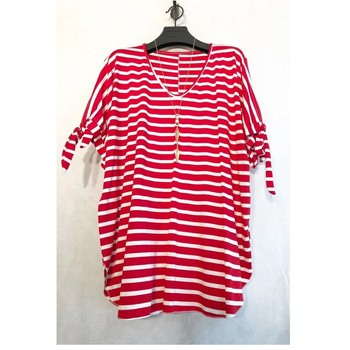 Textiel Dames Tops / Blousjes Fashion brands BY31R-RED Rood