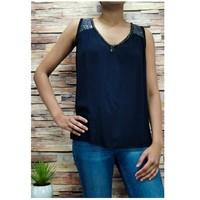 Textiel Dames Tops / Blousjes Fashion brands 2940-BLACK Zwart