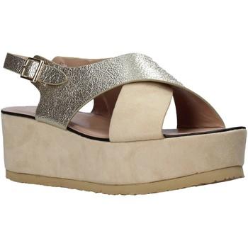 Schoenen Dames Sandalen / Open schoenen Onyx S20-SOX745 Beige