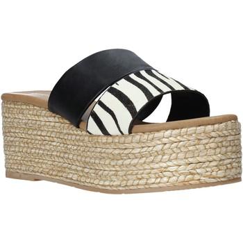 Schoenen Dames Leren slippers Gold&gold A21 GK99 Zwart