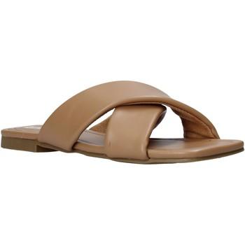 Schoenen Dames Leren slippers Gold&gold A21 GY221 Bruin