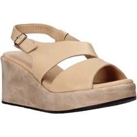 Schoenen Dames Sandalen / Open schoenen Sshady L2502 Beige