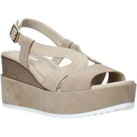 Schoenen Dames Sandalen / Open schoenen Valleverde 32436 Beige