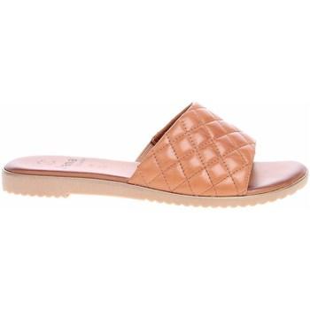 Schoenen Dames Leren slippers Jana 882710626305 Beige