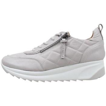 Schoenen Dames Lage sneakers Carmela  Grijs