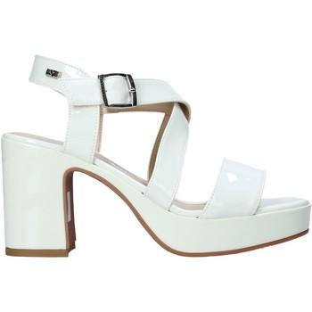 Schoenen Dames Sandalen / Open schoenen Valleverde 32503 Beige