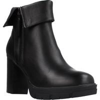 Schoenen Dames Enkellaarzen Carmela 67916C Zwart