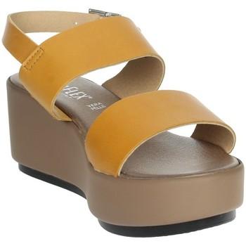 Schoenen Dames Sandalen / Open schoenen Novaflex ACQUARO Mustard