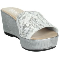 Schoenen Dames Leren slippers Novaflex ACQUASANTA White/Silver