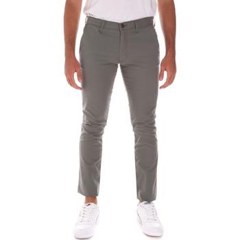 Textiel Heren Broeken / Pantalons Wrangler W18SGJ275 Groen