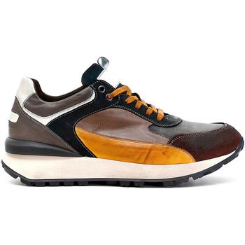 Schoenen Heren Lage sneakers Café Noir PB6220 Bruin