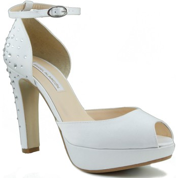Schoenen Dames pumps Angel Alarcon ANGEL ALARCÓN S NOVIA BLANCO