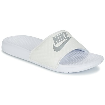 Schoenen Dames Slippers Nike BENASSI JUST DO IT W Wit / Zilver