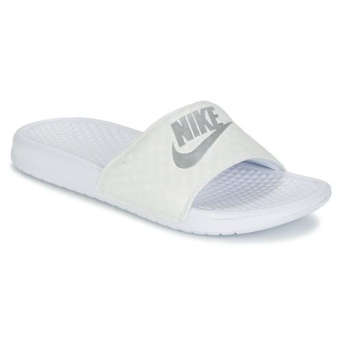Schoenen Dames Slippers Nike BENASSI JUST DO IT W Wit / Zilver
