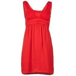 Textiel Dames Korte jurken Naf Naf KYARINA Rood