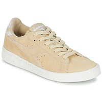 Schoenen Dames Lage sneakers Diadora GAME LOW SUEDE Beige