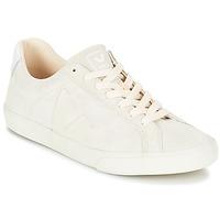 Schoenen Dames Lage sneakers Veja ESPLAR LOW LOGO Wit