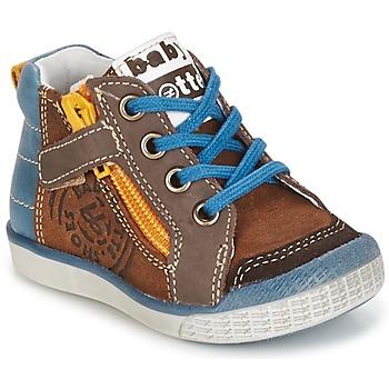 Schoenen Jongens Hoge sneakers Babybotte AKRO Brown / Blauw