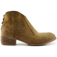Schoenen Dames Laarzen Moma 32702 Brown