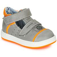 Schoenen Jongens Sandalen / Open schoenen Catimini SAUTERIAU Nus / Grijs-oranje / Fluo / Dpf / 2921